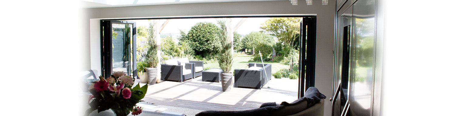 Autumn Home Improvements-multifolding-door-specialists-bracknell
